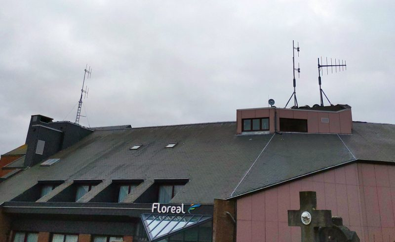 Aerials on Floréal roof